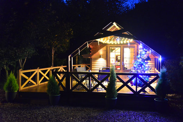 Chew Valley Lodges at Christmas - Sample Photo 1