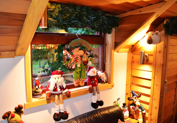 Chew Valley Lodges at Christmas - Sample Photo 5